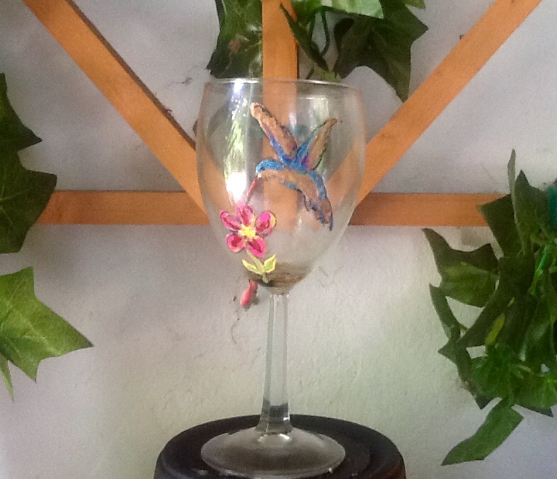 Humingbird Wine Glass